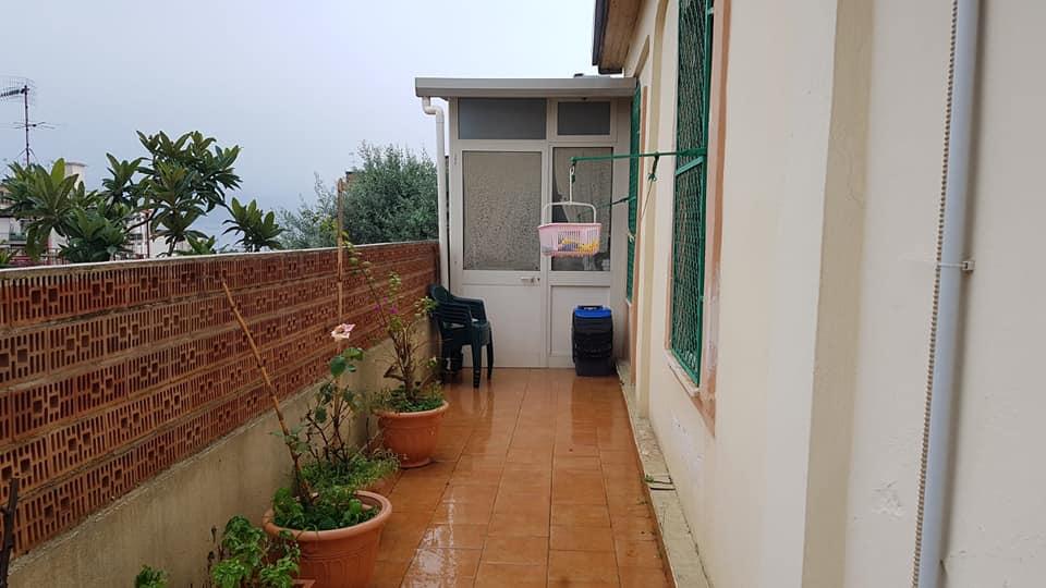 Ig 371 Valle degli Angeli appartamento con spazio esterno. Euro 37.000